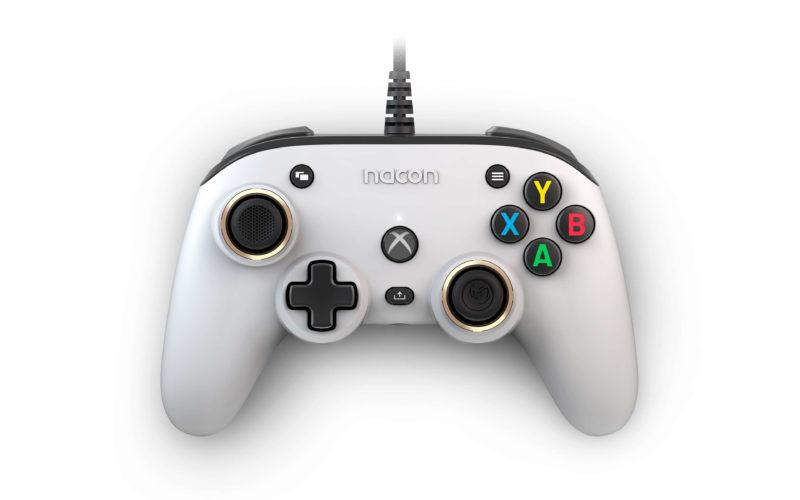 A Closer Look on Nacon Pro Compact Controller for Xbox